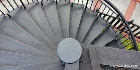StaircaseDown